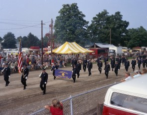 Col. Cty. Fire Parade Chatham 1973 (2)