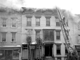 Hudson Fire General Alarm Warren Street Feb. 1951 (6)
