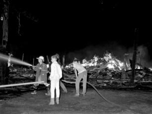 Churchtown Fire Rolf Schmalzer's barn Aug. 1965 (1)