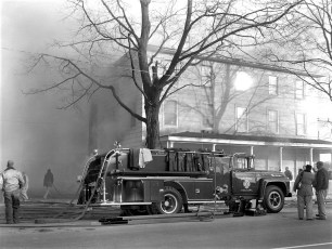 Clermont Fire Burton Fraleigh's apartment house Apr. 1960 (1)