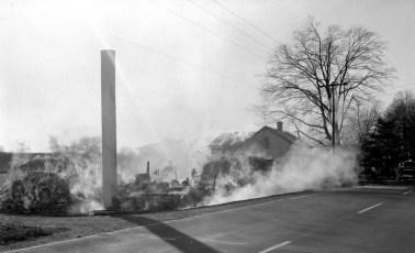Clermont Fire Geo. Saulpaugh basket shop Dec. 1968 (1)
