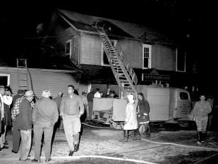Clermont Fire Lights Inn Rt. 9 Oct. 1960 (4)