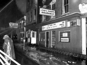Hudson Fire 409-411-413 Warren St. Oct. 1975 (1)
