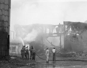 Livingston Fire Paszko Farm barn Manorton Sept 1971 (3)