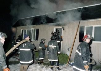Livingston Fire Roger Miner Rt 31 Dec. 1975 (1)