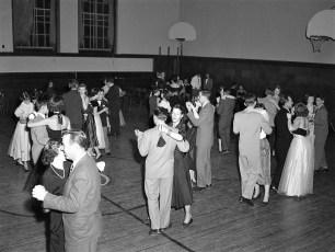 GCS Senior Dance 1953 (1)