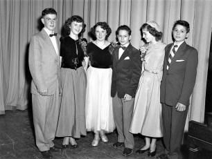 GCS Senior Dance 1953 (2)