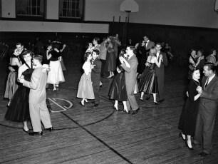 GCS Senior Dance 1953 (3)