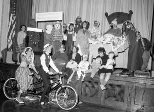 Halloween at GCS 1965 (1)