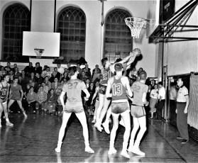 Hudson High School Varsity Basketball 1957 (7)