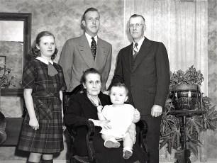 Minard Rockefeller 4 generations 1948