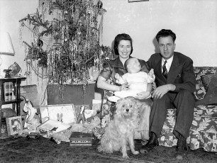 The Gibsons and Sandy Xmas 1941