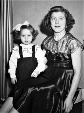 Mrs. Charles Moore and daughter Tivoli 1951