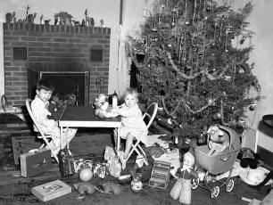 Ruth Miller children 1953 Xmas