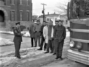 National Guard recruits off to Camp Dix 1960