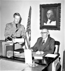 Trooper consults with Gus Brenke Livingston 1958 (1)