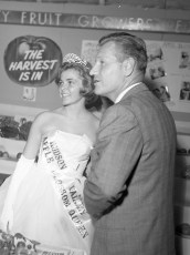 Governor Rockefeller visits the Columbia Cty. Fair 1962 (3)