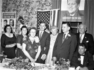 Mrs Roosevelt at Democrat fund raiser Hudson 1960 (4)