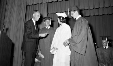 Red Hook High Graduation 1968 (5)