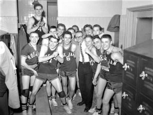 Roe-Jan Central Varsity Basketball Team 1958 (2)