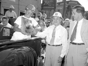 Soap Box Derby Hudson NY 1954 (17)