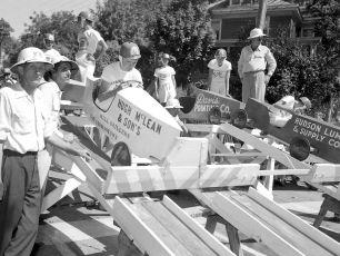 Soap Box Derby Hudson NY 1954 (5)