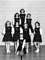 Tivoli HS Cheerleaders 1949 - 50