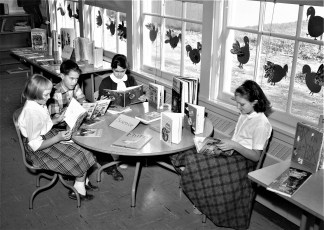 Claverack School welcomes author Victor J. Dowling 1957 (3)