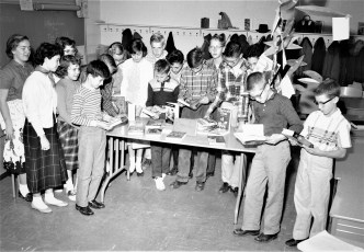 Claverack School welcomes author Victor J. Dowling 1957 (5)