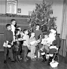 Clermont Fire Dept Xmas Party Gordineer family1968
