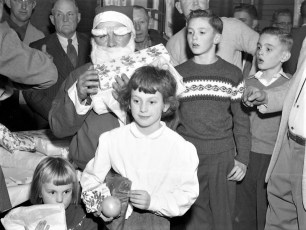 Clermont Fire Dept. Xmas Party 1956 (3)