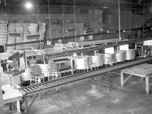 G'town Cold Storage Coop packing room 1947 (3)