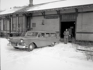 G'town Train Station BECO shipment 1950's