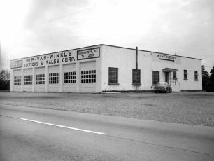 Spector's Building Rt 9G G'town 1951