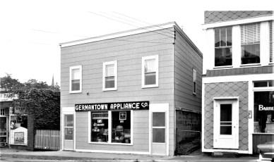 G'town Appliance Co. Warren & Elaine Liepshutz 1958