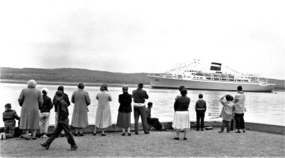 Santa Paula largest ship to ever sail up the Hudson 1958
