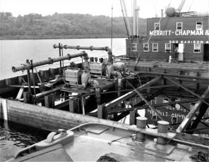 Dredging the Hudson N. G'town 1960s (3)