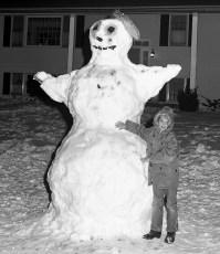Delaney Family Snowman G'town Jan.1975