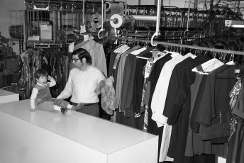 Ideal Cleaners Fairview Ave. Greenport 1971 (2)