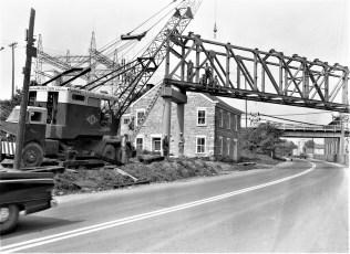 Lone Star Cement placing bridge across Rt. 23 Greenport 1957 (2)
