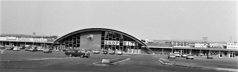 Shop Rite Parking Lot Businesses Greenport 1974 (1)