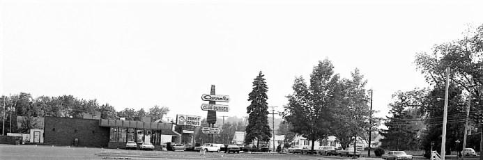 Shop Rite Parking Lot Businesses Greenport 1974 (4)