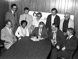 Universal Match Corp. labor contract signing Greenport 1978