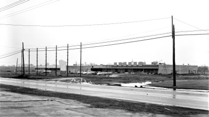 Victory Market at new shopping center Rt. 9 Greenport 1962