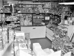 Feller's Grocery Store Linlithgo 1964 (3)