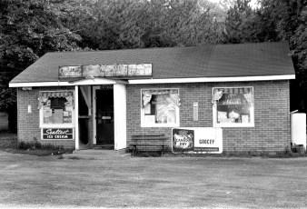 Hapeman's Store Twin Lakes Elizaville 1965 (1)