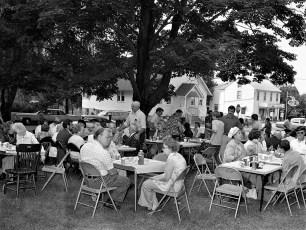 Linlithgo Bicentennial  Barbeque Sept. 1975 (1)