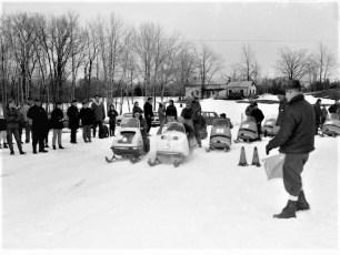 Snowmobile Races Livingston Rec Park 1969 (1)