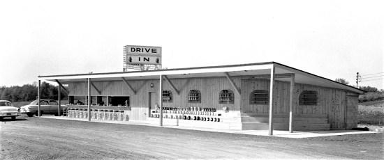 Sunset Drive In Rt. 82 Livingston 1955 (1)