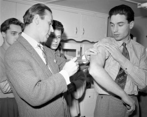 Bard College student polio shots 1957 (1)